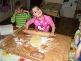 Pečenie vianočných koláčov 2013